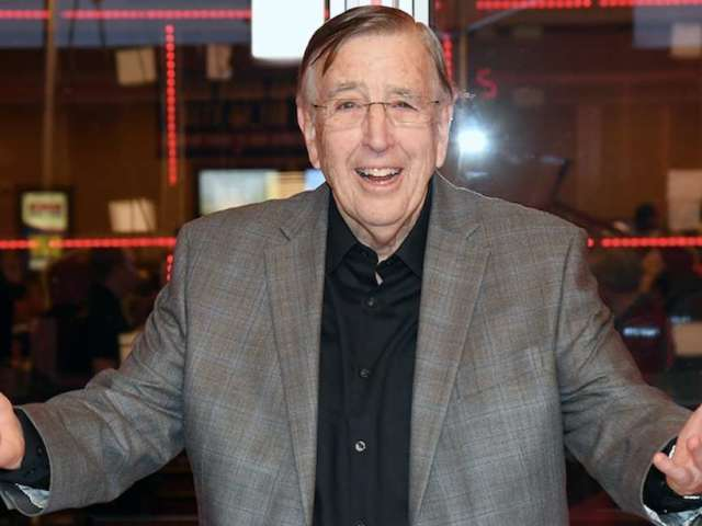Oakland Raiders Radio Voice Brent Musburger Jokes About Antonio Brown Release