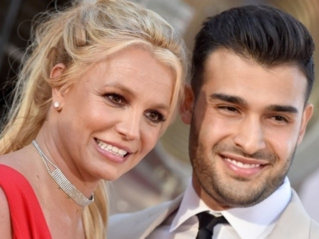 Britney Spears Rocks New Brunette Hairstyle While on Date With Boyfriend Sam Asghari