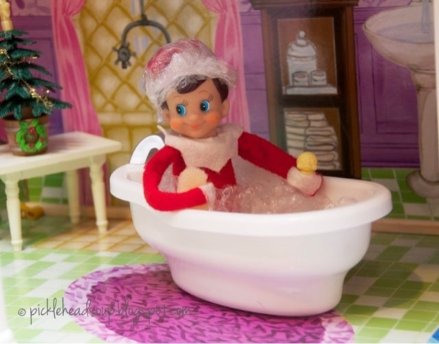 Bubble-bath-elf