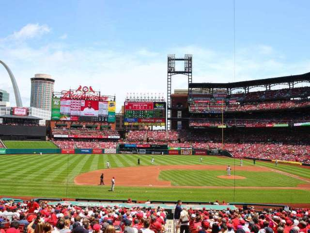St. Louis Cardinals Beat Writer Saves Man's Life Before Game vs. Chicago Cubs