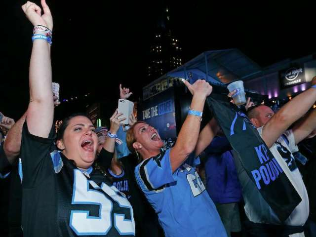 Carolina Panthers Fan Downs Close to 20 Beers During Sunday's Game