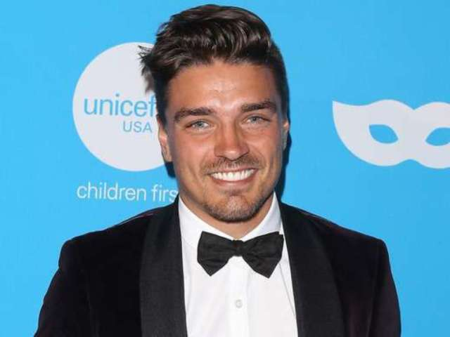 'Bachelor in Paradise': Dean Unglert Returns to Beg Caelynn Miller-Keyes for Another Chance