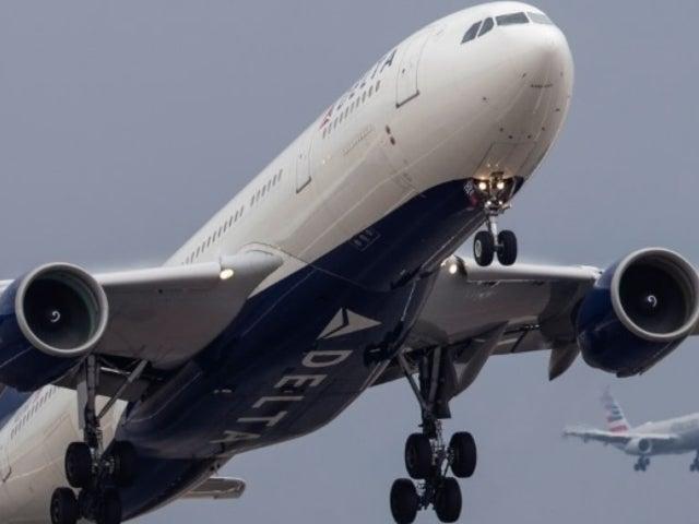 Delta Flight Returns to Gate After Passengers Refuse to Wear Masks