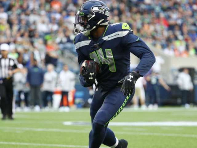 Seattle Seahawks Rookie D.K. Metcalf Uses Pacifier for Mouthpiece