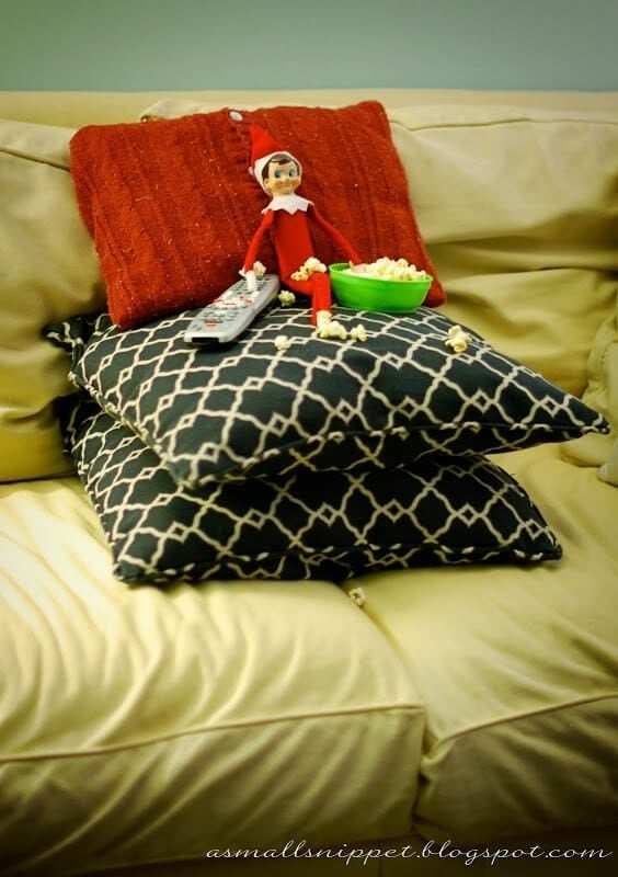 elf-on-the-shelf-ideas-26