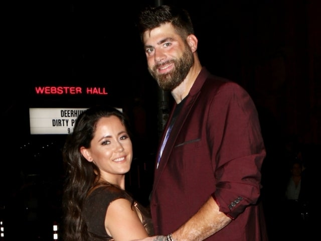 David Eason Takes off Wedding Ring in New Photos Following Split From 'Teen Mom' Jenelle Evans
