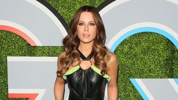 kate_beckinsale_cat