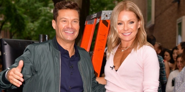 Kelly Ripa Delivers Praise to 'Live' Co-Host Ryan Seacrest During Radio Hall of Fame Induction - PopCulture.com