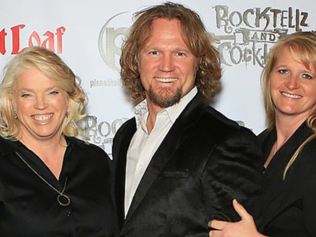 'Sister Wives' Star Kody Brown Posts Rare Selfie, Hits Back at Haters Over Hair