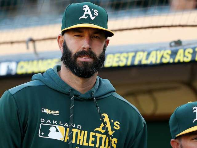 Mike Fiers' Facial Hair Draws Amazing Reactions on Twitter