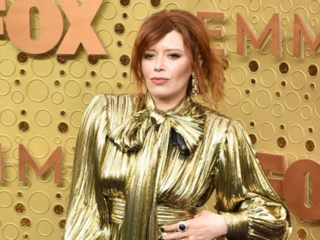 'OITNB' Star Natasha Lyonne's Bizarre Emmys Clapping Was Caught on Camera, and Twitter Is Baffled