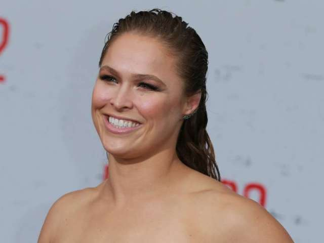 Watch Ronda Rousey Get Her Stitches Taken out From Her Nearly Severed Hand