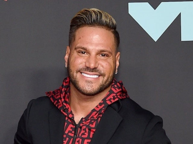 Ronnie Ortiz-Magro Gets Flashed by Woman on Hollywood Street, Photos Reveal