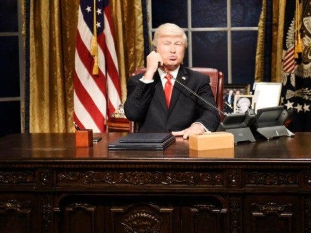 'SNL': Alec Baldwin's President Trump Seeks Ray Donovan's Help in Season 45 Cold Open
