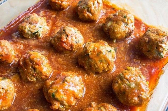 SpaghettiSquashMeatballs1_horRESIZED