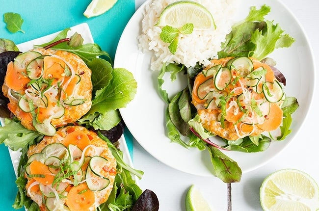 Thai-Salmon-Burgers-with-Pickled-Cucumber-Slaw_RESIZED-8