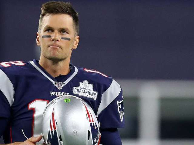 Tom Brady Has No Time for Antonio Brown Lawsuit Questions