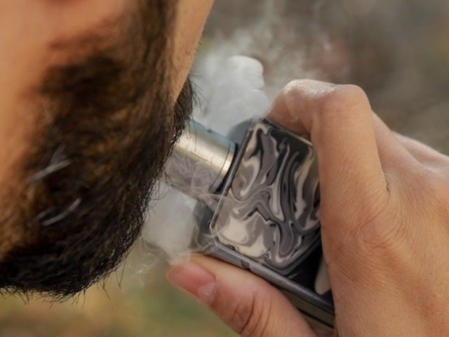 Vaping Death Roll Rises to 12, Illnesses Rocket to 805