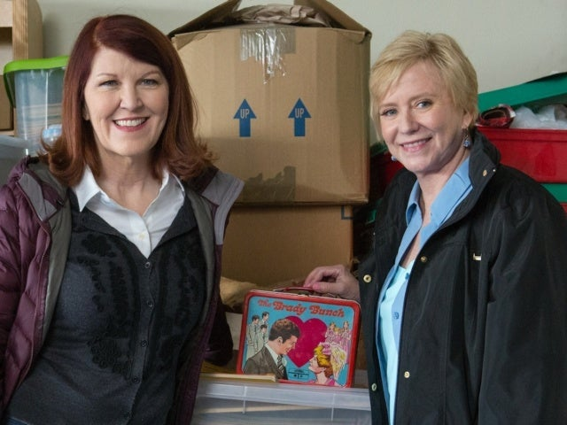 'A Very Brady Renovation': Eve Plumb Shares Glimpse of Massive 'Brady' Collection With 'Office' Star Kate Flannery in Sneak Peek (Exclusive)
