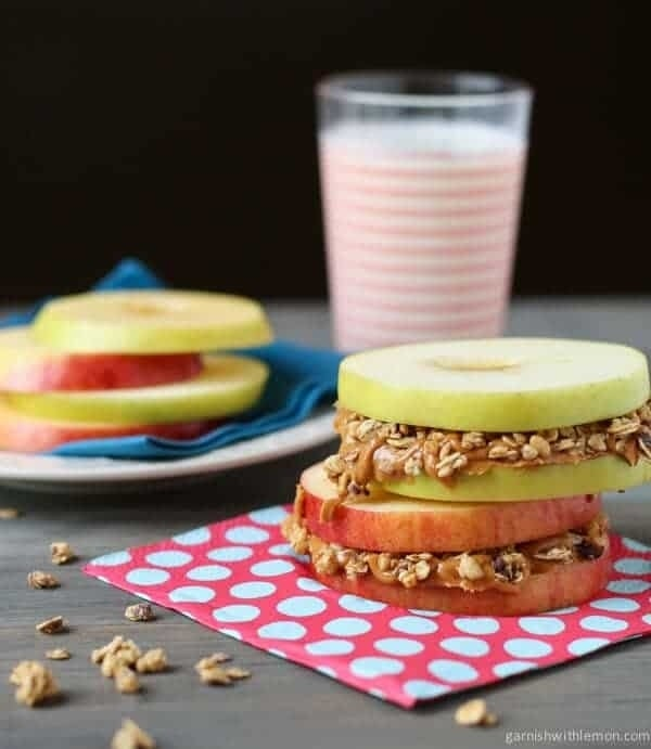 Apple-Sandwiches-with-Almond-Butter-and-Granola