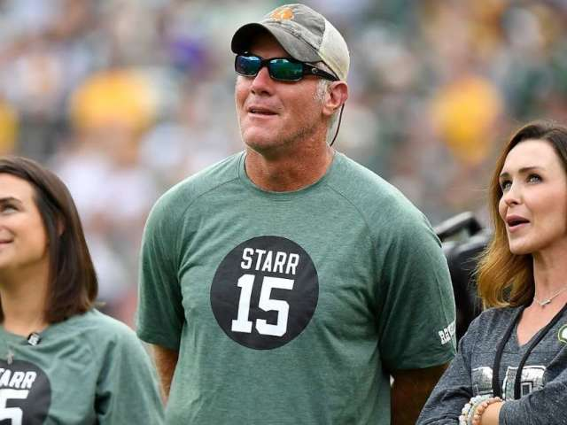 Brett Favre Reveals 'Fun Night of Football' Photo With His Entire Family
