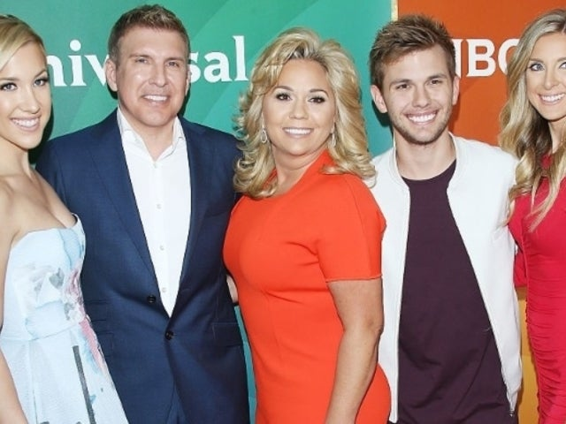 Lindsie Chrisley Calls out Sister Savannah's 'Fakery' With Screenshot Messages