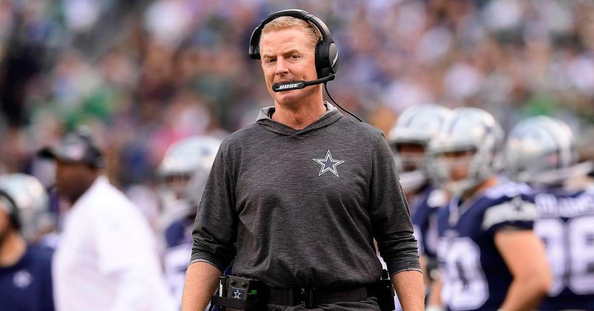 Cowboys Jason Garrett Michael Bennett stand national anthem