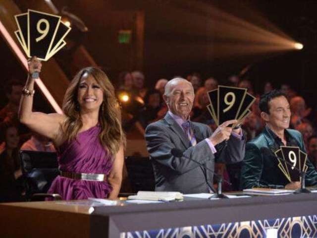 'Dancing With the Stars' Judges Table Just Had a Major Malfunction Live on Air