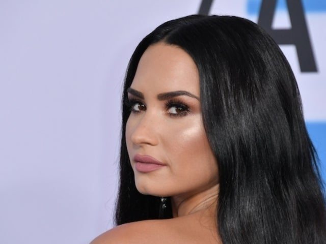 Demi Lovato Returns to Social Media Following Snapchat Hack, Nude Photo Leak