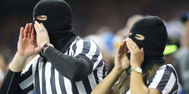 Lions Fans Mock Referees by Wearing Clown Makeup, Throwing Flags After Packers Game Controversy