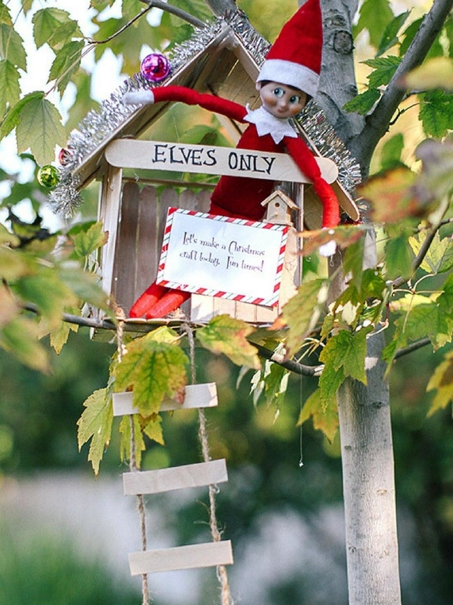 elf-on-the-shelf-ideas-article-tall-1