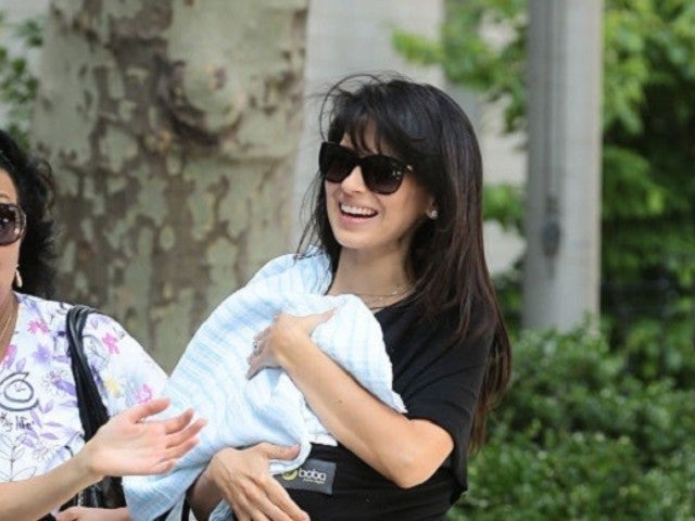 Hollywood Nannies Reveal All Kinds of Details About Caring For Celebrity Children