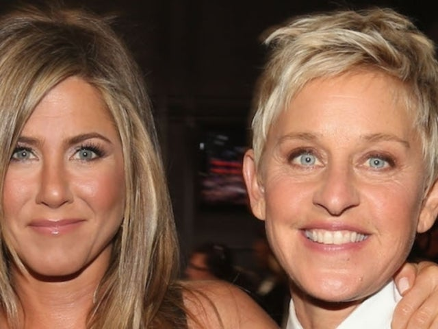 Jennifer Aniston Posts Photo of Her Kissing Ellen DeGeneres on the Lips on 'The Ellen Show'