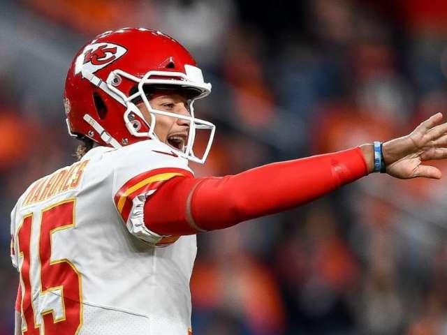 Kansas City Chiefs QB Patrick Mahomes Shares First Instagram Post Since Knee Injury