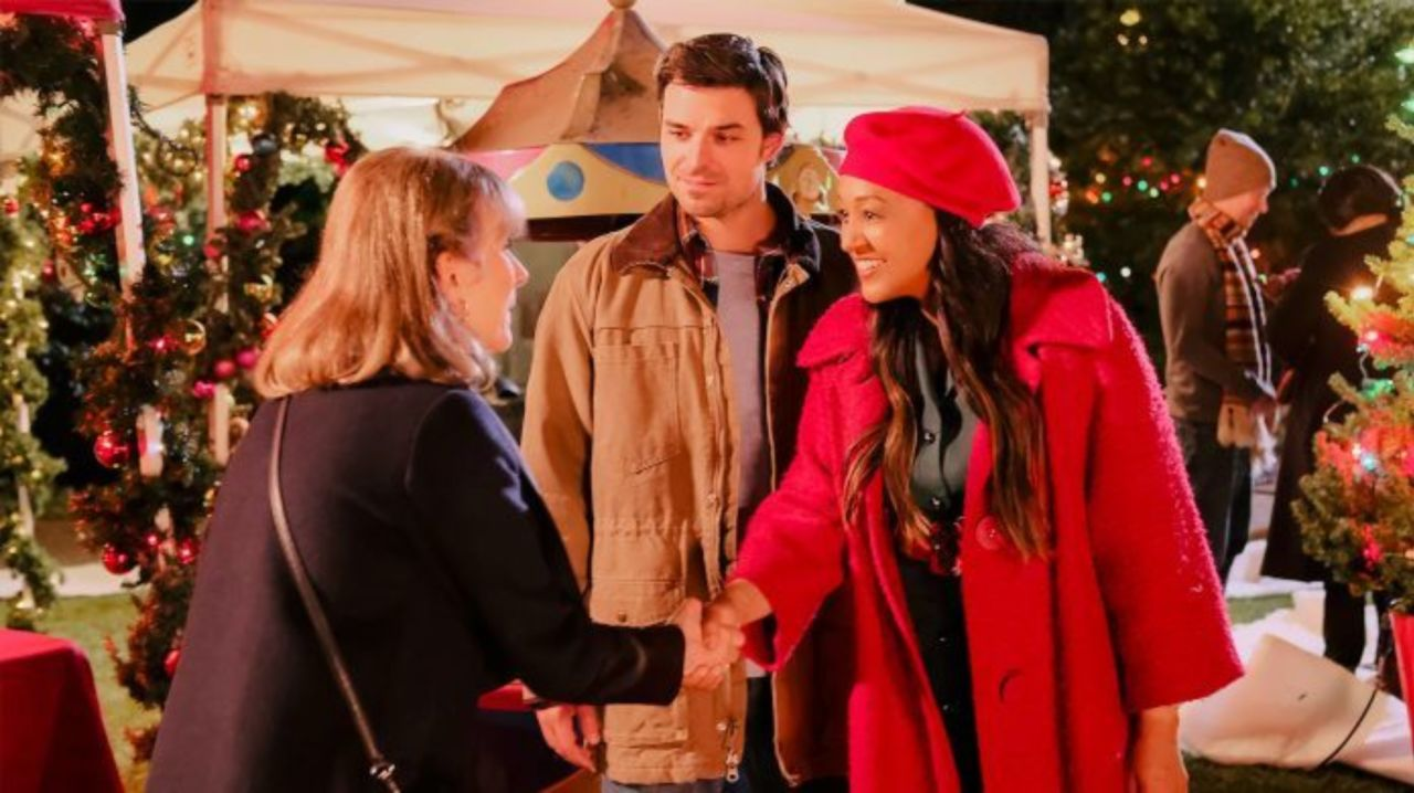 Sharing Christmas Cast.Lifetime Holiday Movies 2019 Full Schedule Released