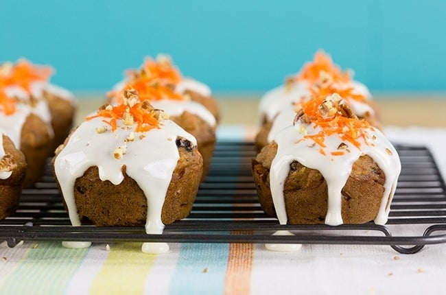 Lightened-Up-Carrot-Cake-Muffins-with-Cream-Cheese-Glaze_RESIZED-4