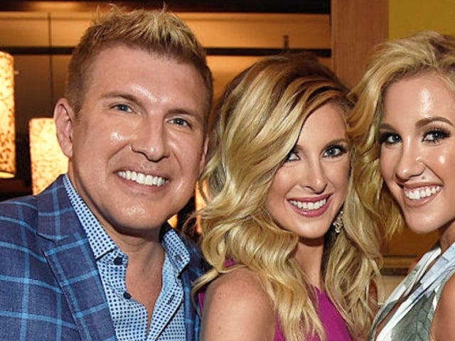 Lindsie Chrisley Blasts Father Todd for 'Continuing to Gaslight' Fans After Her 'Dr. Phil' Interview