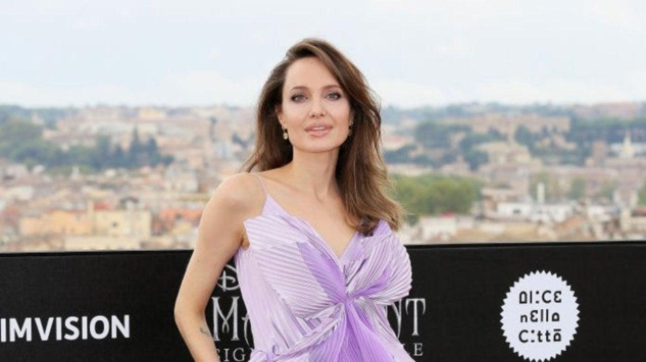 Angelina Jolie S Lavender Dress For Maleficent Screening