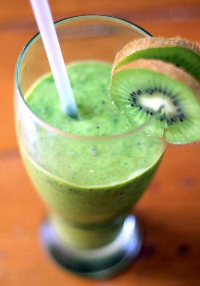 Mango Kiwi Avocado Green Smoothie