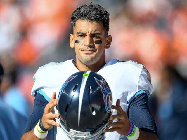 Titans Vow to Decide Between Marcus Mariota and Ryan Tannehill Within '24 Hours' in Unexpected PSA