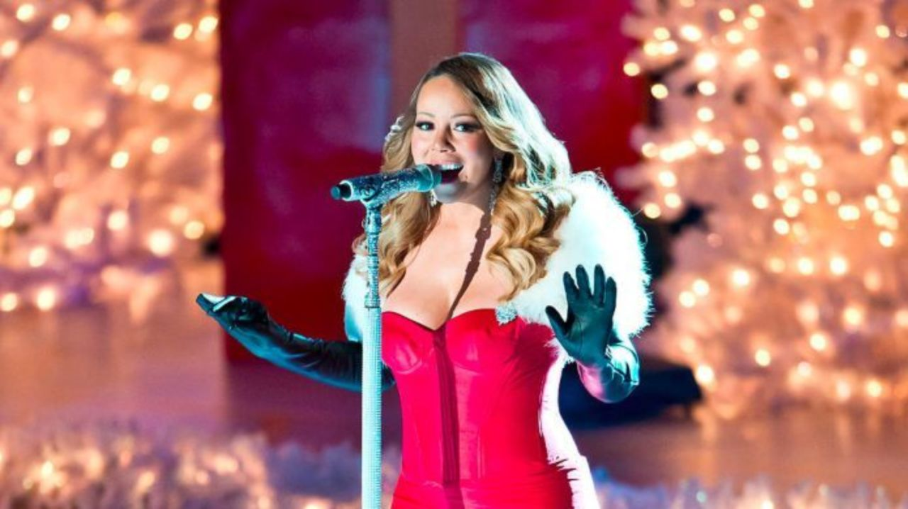 Mariah Carey All I Want For Christmas.Mariah Carey Announces All I Want For Christmas Is You
