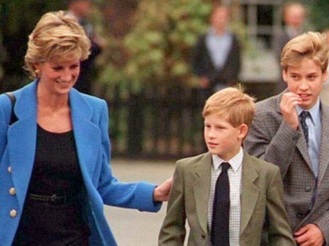 Prince Harry Describes Mother Princess Diana's Death as 'a Wound That Festers'