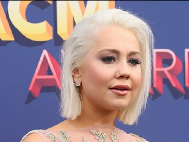 'The Voice' Alum RaeLynn Mourns Loss of Beloved Service Dog, Jazz