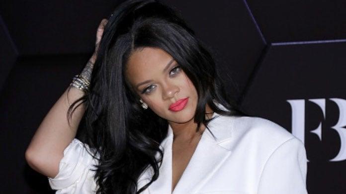 Rihanna 2-2