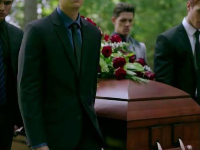 'Riverdale' Season 4 Premiere Teaser Confirms Major Character's Death