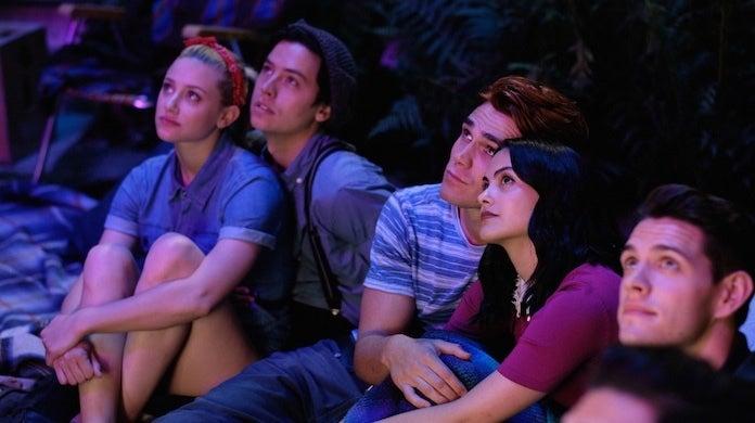 riverdale-season-4-premiere-cw-robert-falconer-fireworks