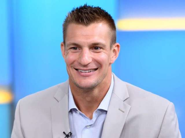 Rob Gronkowski Returns to NFL as Analyst for Fox Sports