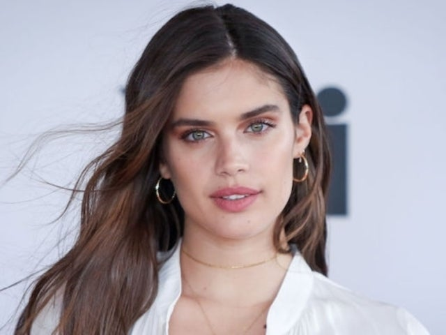 Model Sara Sampaio Goes After Jameela Jamil Over Tweet About Drugs and Eating Disorders