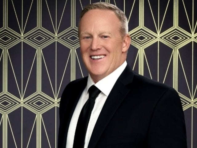 'Dancing With the Stars': Sean Spicer's Continued Survival Is Confusing Fans