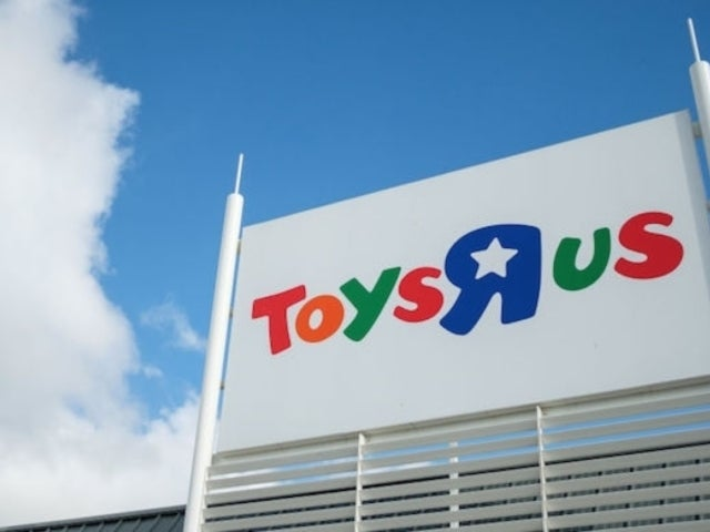 Toys 'R' Us Debuts New Website, Partners With Target